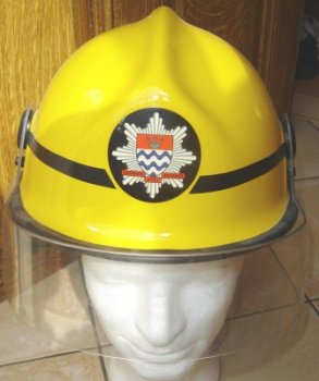 photo de face du pacific helmet jaune
